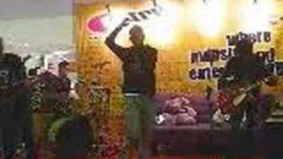 KASIH JANGAN KAU PERGI BY BUNGA band Video
