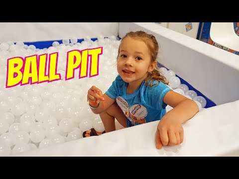 Play doh - Ballpit FULL of Lost Kitties Surprise Toys in Play-Doh at Clamour Con