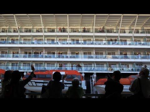 (2)クルーズ客船 神戸港