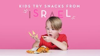 Video Kids Try Snacks from Israel | Kids Try | HiHo Kids MP3, 3GP, MP4, WEBM, AVI, FLV Agustus 2018