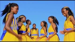 Video SHUKA KWENYE MKUYU - St. Stephen's Catholic Choir - Mwanyani MP3, 3GP, MP4, WEBM, AVI, FLV Agustus 2019
