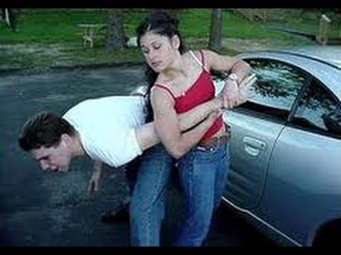 если нападют на девушку как защититься