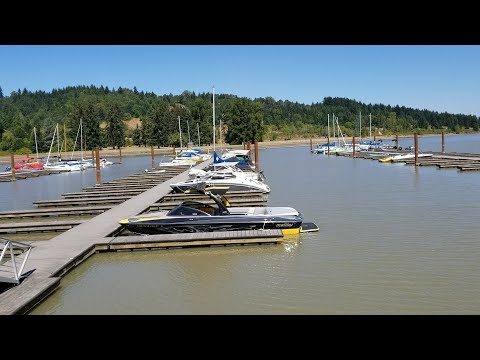 Back at Fern Ridge Dam a couple of days later and a lot of the boats have left (OFL 1277)