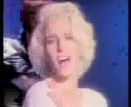 Bananarama – I Want You Back