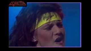 Video Loretta - Stiny v ulicich