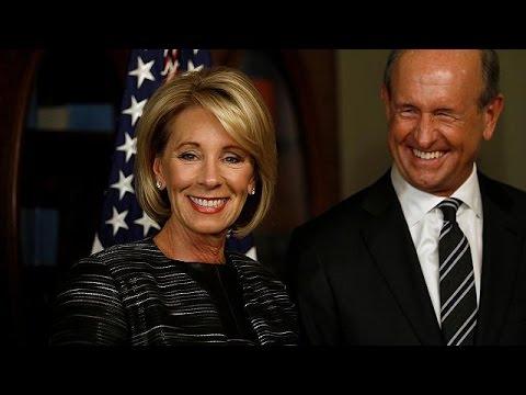 Διχάζει η επιλογή Τραμπ για το υπουργείο Παιδείας
