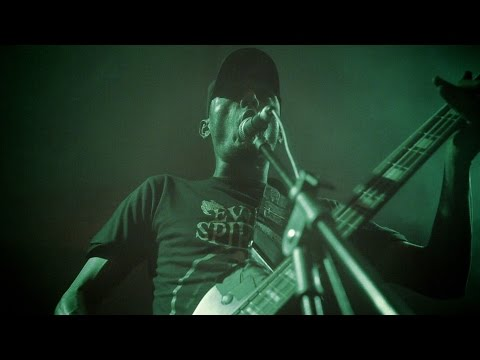 Facada - Amanha~ Vai Ser Pior (Official Video) online metal music video by FACADA