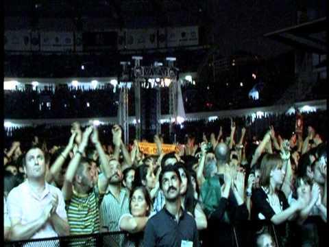 Grup Yorum - Hasta Siempre ( Grup Yorum'un 25. Yıl İnönü Stadı 55 Bin kişilik Konserinden... )