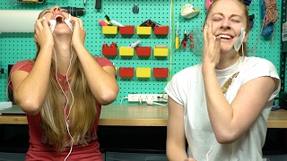 Reading comments with Physics Girl and getting zapped in the face