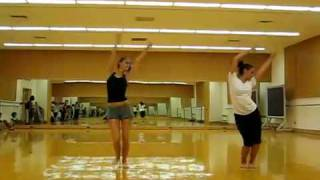 Nonton My Dance Routine To Distrubia  Film Subtitle Indonesia Streaming Movie Download