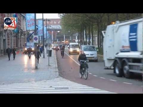 's Hertogenbosch - Cycling in the morning rush hour in 's-Hertogenbosch with a high number of other cyclists the roads and cycle paths are very busy. More info: http://bicycled...
