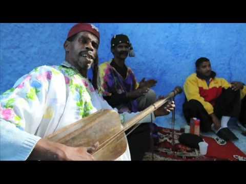 """GnawaMaVie — Maalem Mustapha Sam       """" Baniya  +  Hamouda """""""