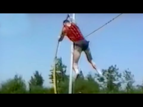 Video Top Funny Home Video Fails Compilation 2014 download in MP3, 3GP, MP4, WEBM, AVI, FLV January 2017