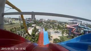 World of Wonders Noida Water Park... Awesome slide on mat... Selfie Video