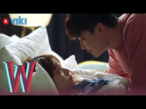 W - EP 7   Lee Jong Suk & Han Hyo Joo Cuddling in Bed