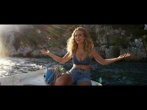 Mamma Mia! Here We Go Again -  First Look Trailer