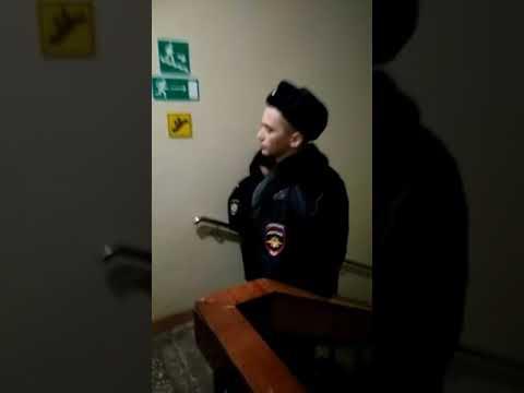 Сотрудники полиции отказываются устранять нарушения в ТИК Ленинского АО Тюмени (видео)