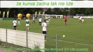 Szokujący film. Takiego chama i prostaka jeszcze polska piłka nie widziała!