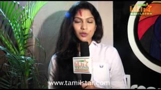 Swasika Speaks at Prabha Movie Shooting Spot