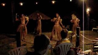 Madventurer Fiji Meke Dancing, Nadi