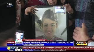 Video Jenazah Pramugari Lion Air JT 610 Dimakamkan di Padang MP3, 3GP, MP4, WEBM, AVI, FLV November 2018