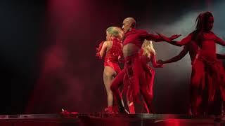Download Lagu Lady Gaga - Dancin' in Circles live Joanne World Tour Montreal Mp3