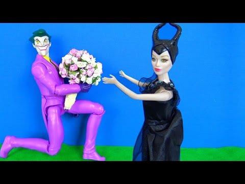 Video Joker Malefiz'e çiçek veriyor. Joker çiçekçi mi? Malefiz neden sinirlendi? Polis Mucize Uğur Böceği. download in MP3, 3GP, MP4, WEBM, AVI, FLV January 2017