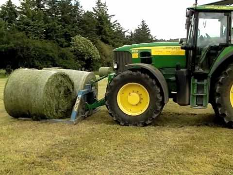Silage 2011 D&N Hayden Drawing and wrapping