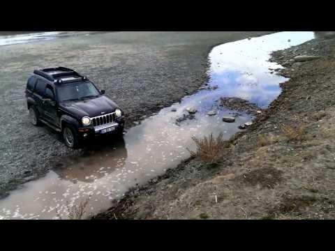 Jeep liberty renegade 3.7 фото