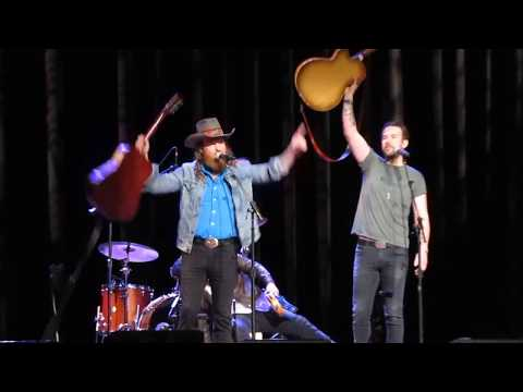 "Brothers Osborne ""Shoot Me Straight"" At CRS 2018"