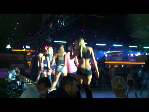 Wobble at Electric Cowboy Kennesaw