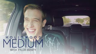 Video Tyler Henry's Funny Contagious Yawn Attack | Hollywood Medium with Tyler Henry | E! MP3, 3GP, MP4, WEBM, AVI, FLV Juni 2018