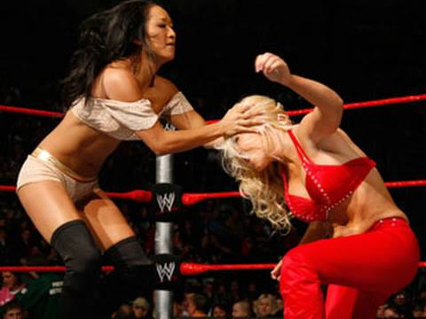 WWE Superstars: Gail Kim vs. Jillian - Divas Championship