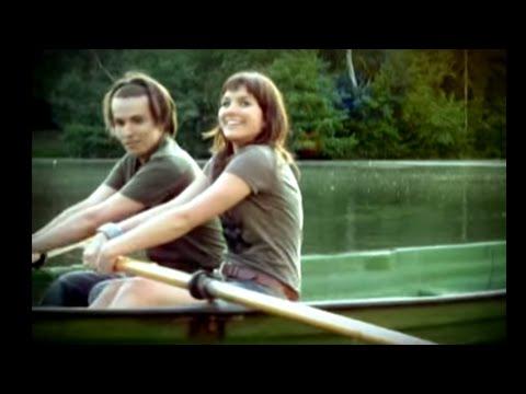 Tekst piosenki Ewa Farna i Kuba Molęda - Oto ja po polsku