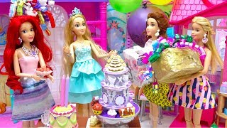 Download Video Rapunzel's Surprise BIRTHDAY Ariel Prep Party with Princesses and Barbie Dress up - Cake - Presents MP3 3GP MP4