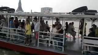 バンコク市内観光チャオプラヤー川