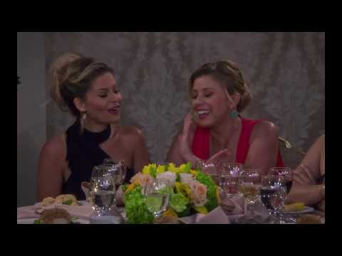 Jodie Sweetin bisexual line in Fuller House