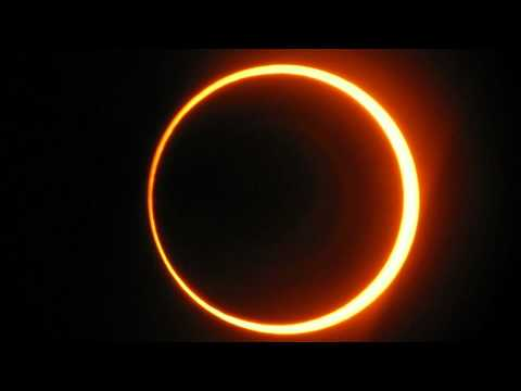 Solar Eclipse: Millions Look Up for 'Ring of Fire' IMAGE OF THE 2012 ECLIPSE