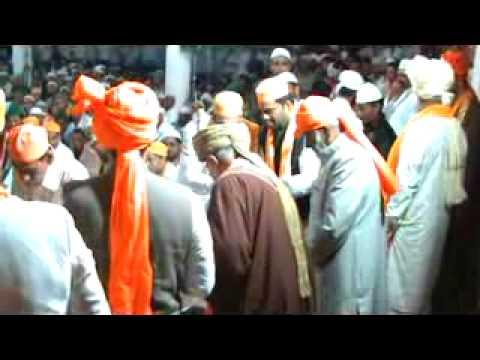 Nizamuddin Auliya Aurangabadi charagha mehfil 2- (9).flv
