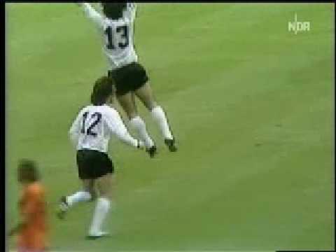 43 – Gerd Muller: West Germany v Netherlands 1974 – 90 World Cup Minutes In 90 Days