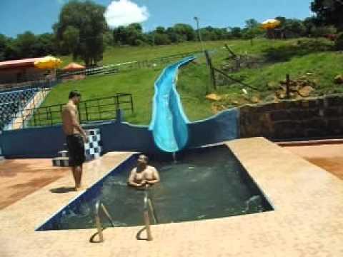QUEDAS DO IGUAÇU PR.a hora da piscina