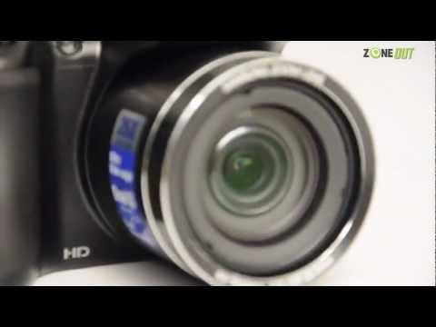 Samsung WB100 - Zooming In on the Features