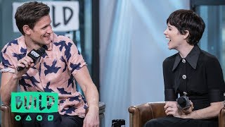 "Video Claire Foy & Matt Smith Chat About Netflix's ""The Crown"" MP3, 3GP, MP4, WEBM, AVI, FLV Mei 2018"