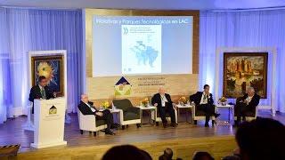 Conferencia de Leonel Fernández durante la XXII Reunión Plenaria del Círculo de Montevideo