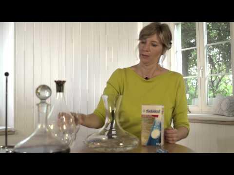 Brittas Weinatein: Weinkaraffen reinigen leicht gemacht