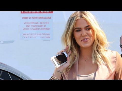 Khloe Kardashian Causes Chaos Outside The Recording Studio