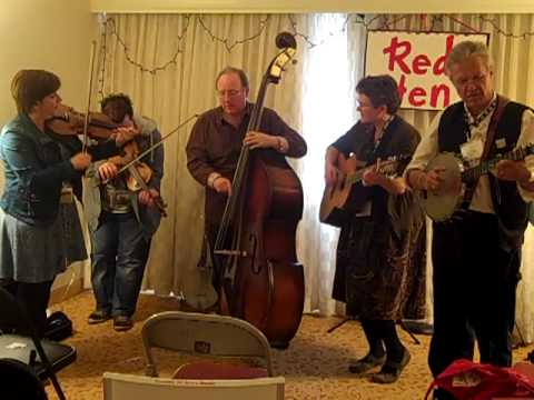 Red Hen String Band and Ruairidh Macmillan play Rock Andy at Folk Alliance 2010.MP4