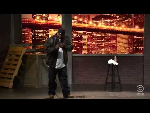 Aries Spears - Hollywood look I'm smiling - full length