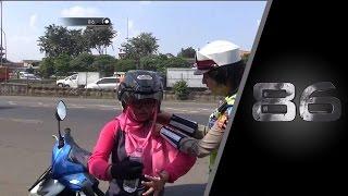Video Menghindari Polisi, Tabrakan Terjadi Hingga Motor Hancur - 86 MP3, 3GP, MP4, WEBM, AVI, FLV Juni 2018