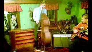 Download Lagu Čar julijskih alp - Avsenik (OKROGLI MUZIKANTI,JUHEJ,VAGABUNDI) Mp3